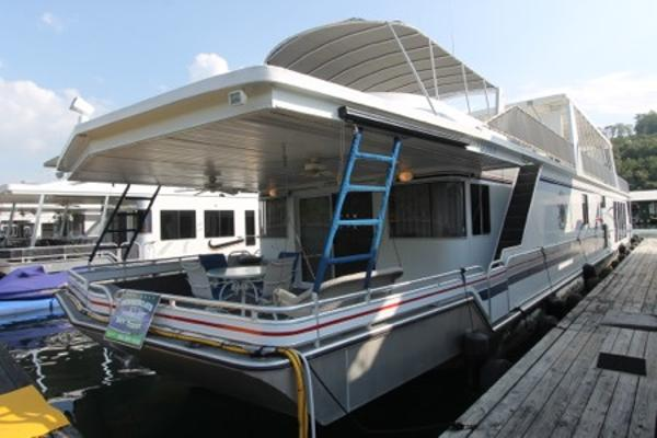 Fantasy Houseboat 19' x 94' Widebody