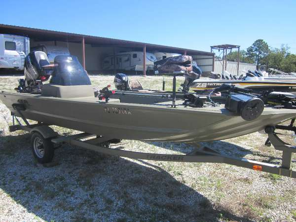 Used power boats jon tracker boats for sale Freeway motors canton ohio