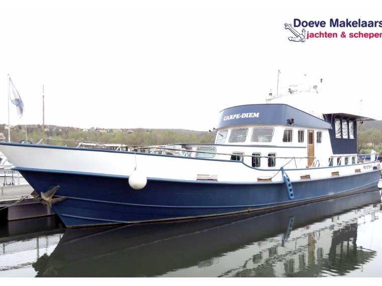 Flybridge Motor Yacht 22.65