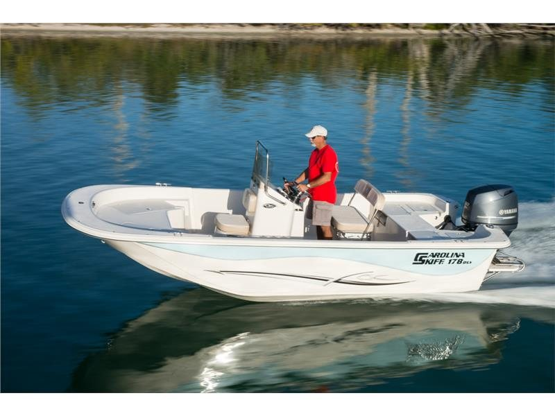 Carolina Skiff DLV 258