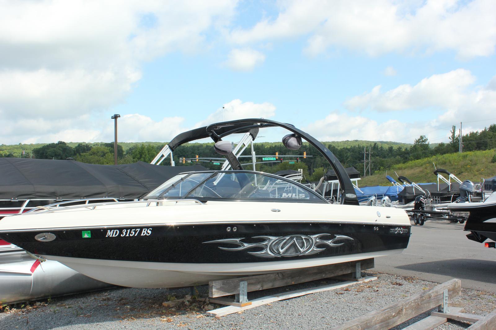 Malibu Boats LLC 21 VLX WAKESETTER