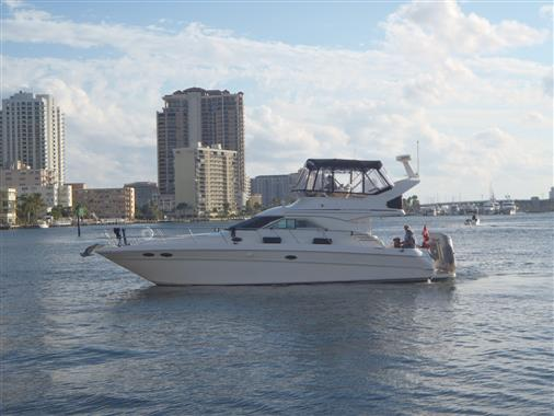 "Sea Ray 400 Sedan Bridge 1999 40' Sea Ray ""No Snow"""