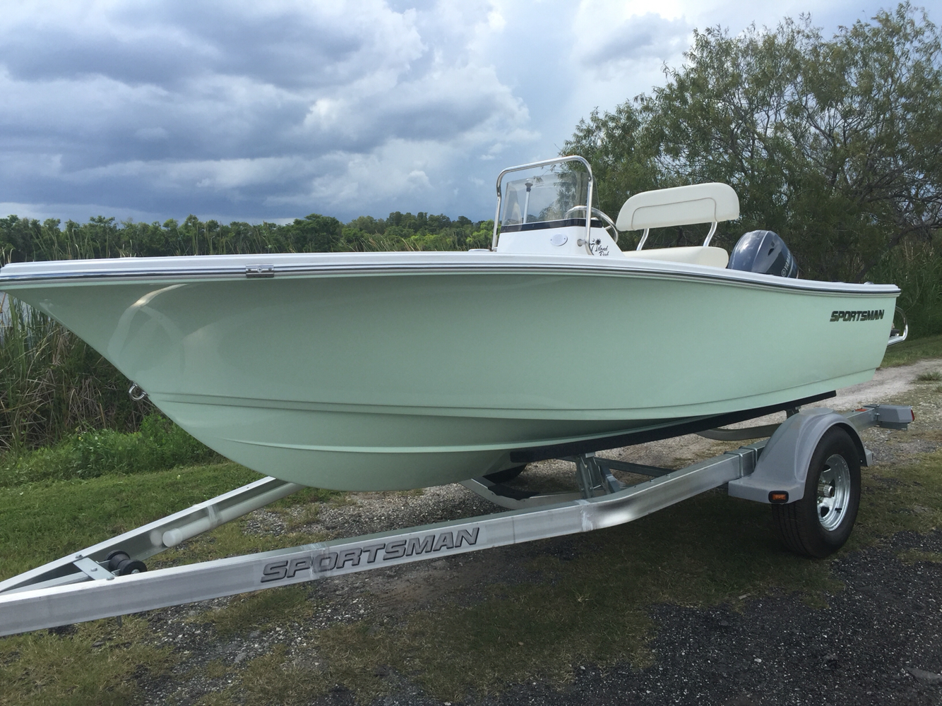 Sportsman Boats 17' Island Reef
