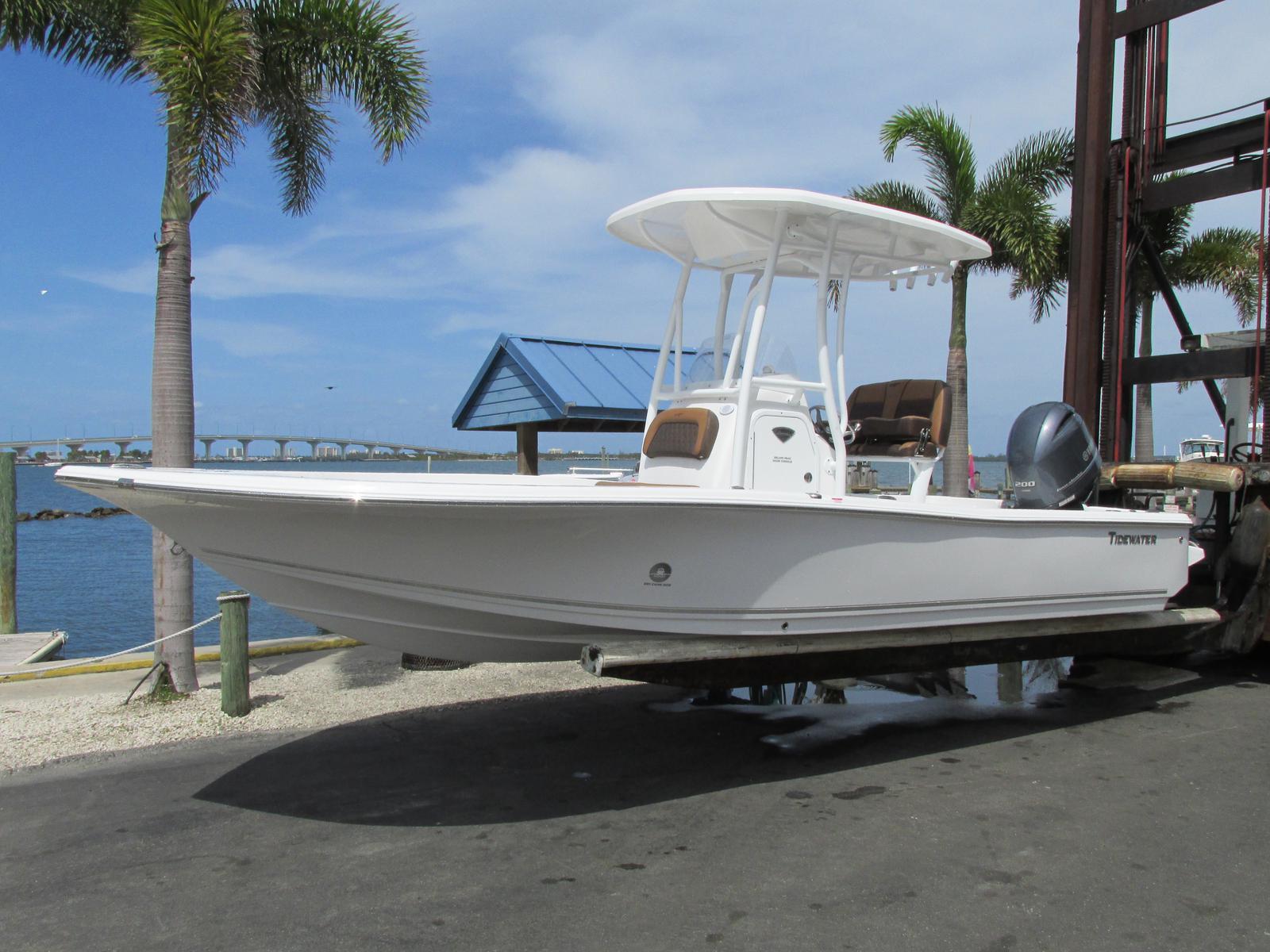 Tidewater Boats 2200 CAROLINA BAY