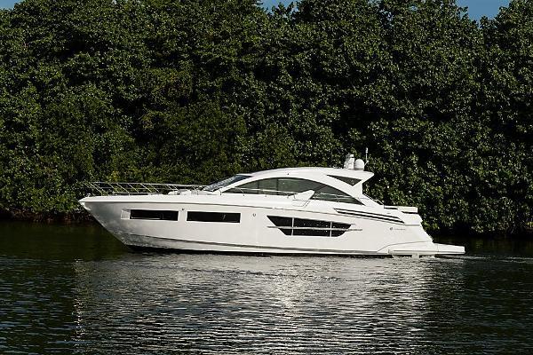 Cruisers Yachts 60' Cantius