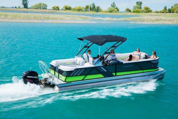Crest Pontoon Boats Caliber 230 SLR2 Tri-Toon