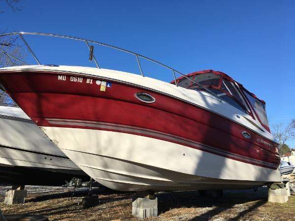 Monterey 270 Cruiser Starboard Bow