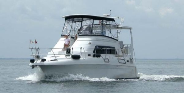 Mainship 37 Aft Cabin Motor Yacht Photo 1