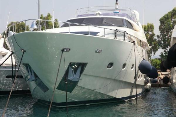 Ferretti Yachts Custom Line 112