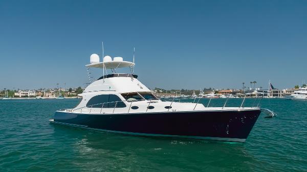 Palm Beach Motor Yachts PB50
