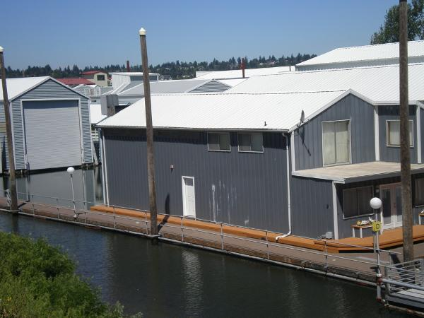 Custom Boathouse w/apartment Overall view