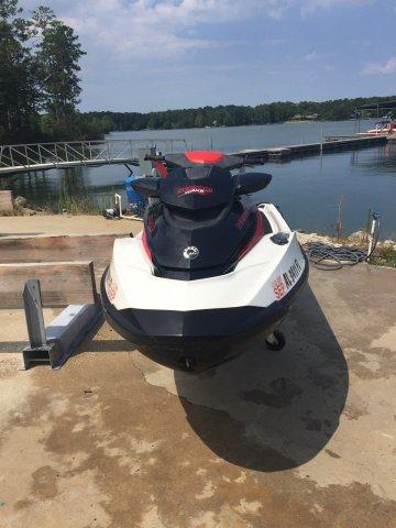 Sea-Doo Wake Pro 215
