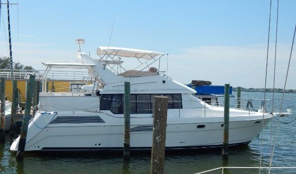 Bayliner 4387 Aft Cabin MY
