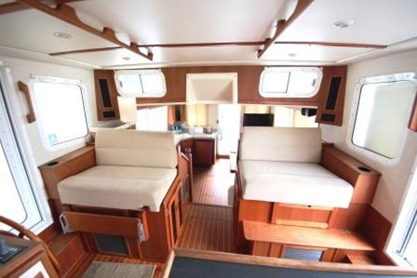 Nordic Tug 37 Pilot House Seating