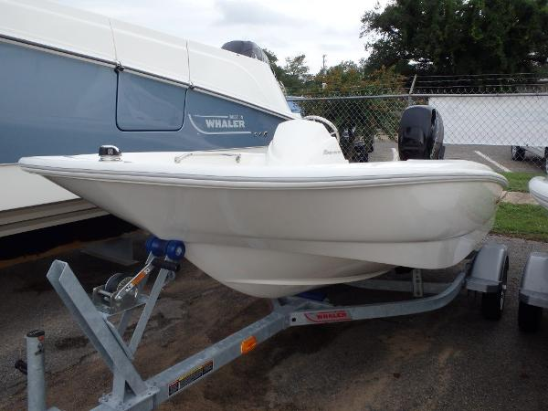 Marinemax pensacola at bahia mar boats for sale 6 for Pensacola party boat fishing