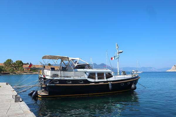 Motor Yacht Vacance SOLIDE 42