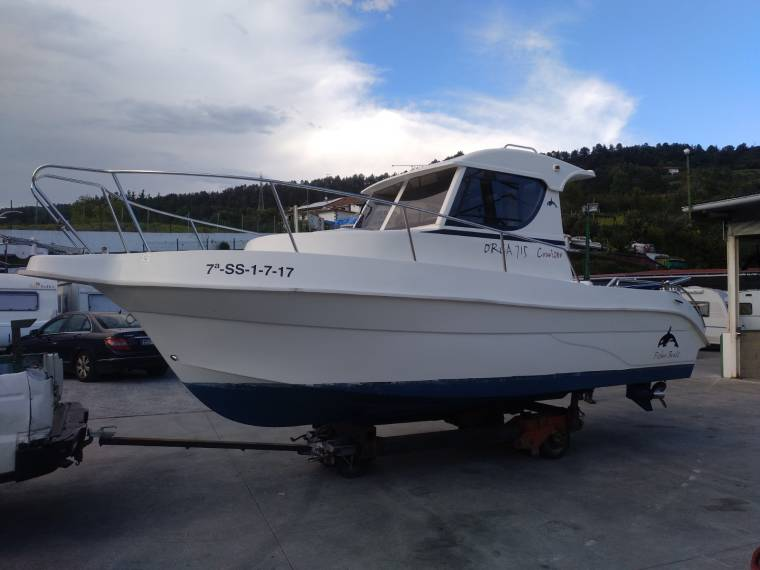 Orca Fisher Boat's Orca 715 Cruiser