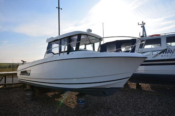 Jeanneau 755 Marlin
