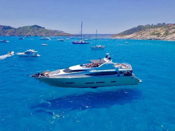 Peri Yachts FX 29m