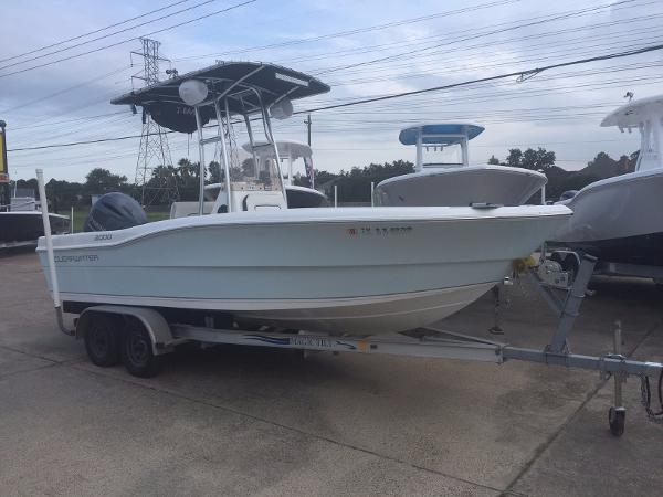 Clearwater 2000 CENTER CONSOLE