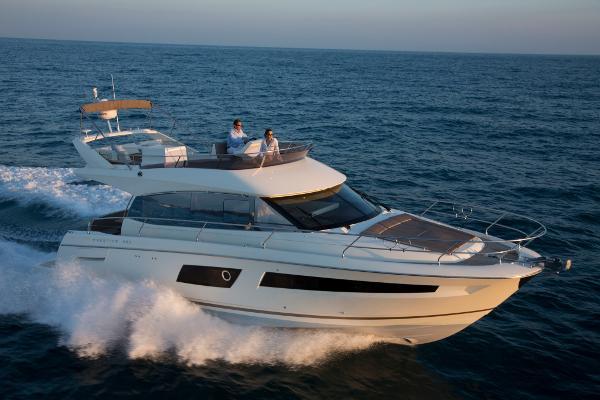 Prestige Yachts 450 Flybridge 2014 Prestige 450 FB