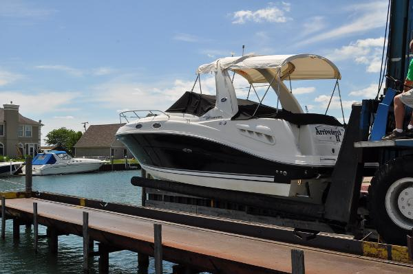Sea Ray 260 Sundancer Port Exterior