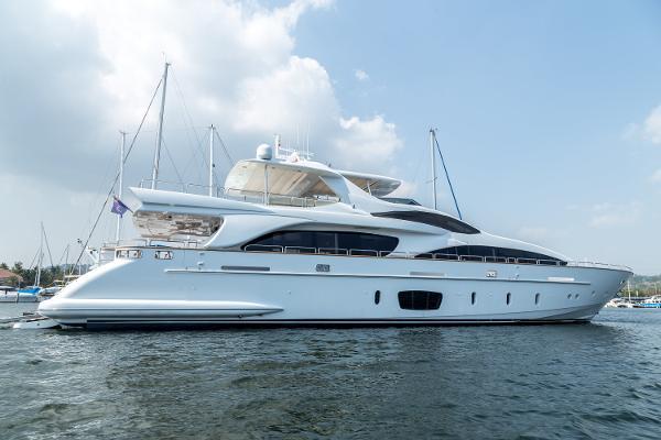 Azimut 105 Grande Motor Yacht