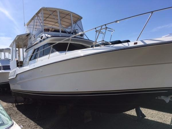 Sea Ray 440 aftcabin