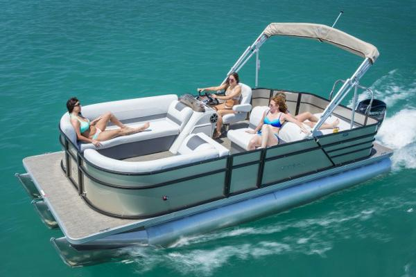 Crest Pontoon Boats I 220 SLC Manufacturer Provided Image