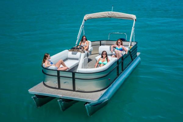 Crest Pontoon Boats I 220 SLRD Manufacturer Provided Image