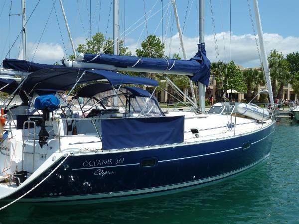 Beneteau Oceanis Clipper 361 P1000698
