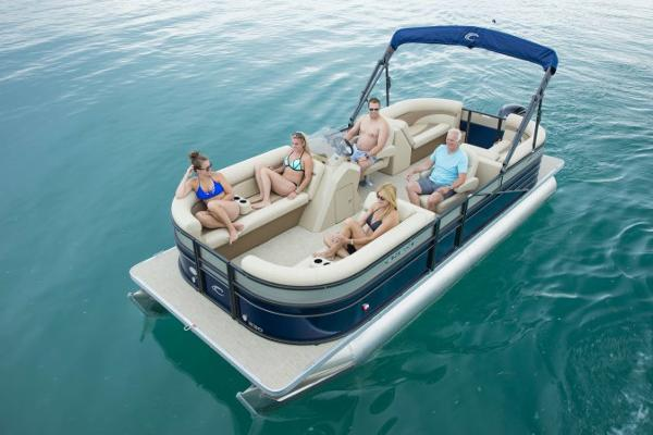 Crest Pontoon Boats II 230 SLC Manufacturer Provided Image