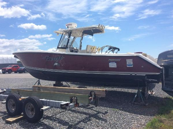 Used center console pursuit boats for sale for Moriches boat and motor
