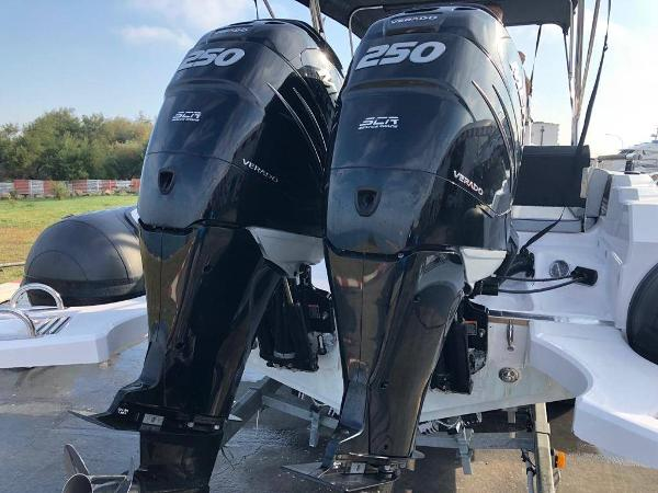 Ranieri Cayman 28 Sport 74E502AC-A9E9-4...