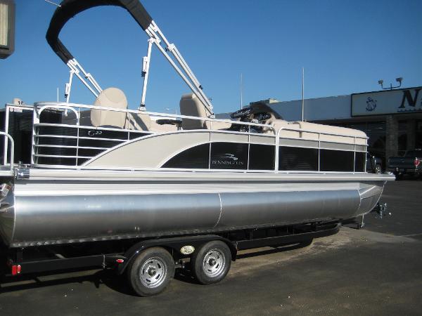 Bennington 2275 GS