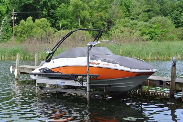 Sea-Doo SP 230