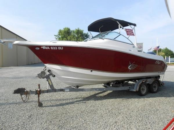 Seaswirl Striper 2101 DC 21' Striper 2011 Port