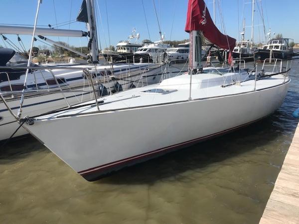 J Boats 41