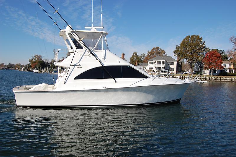 Ocean Yachts 42 SS water4.JPG