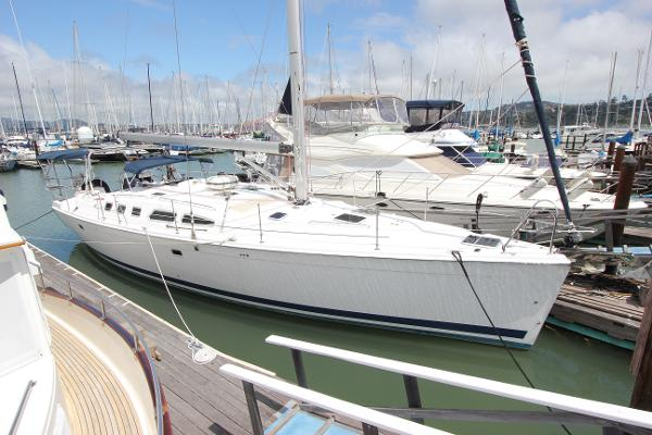 Hunter 49 Lying potentially transferable Sausalito Yacht Harbor slip