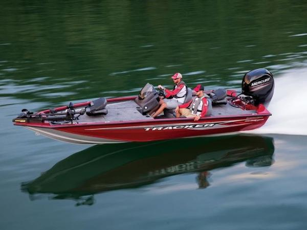 Tracker ® Boats TRACKER Pro Team™ 195 TXW Tournament Edition