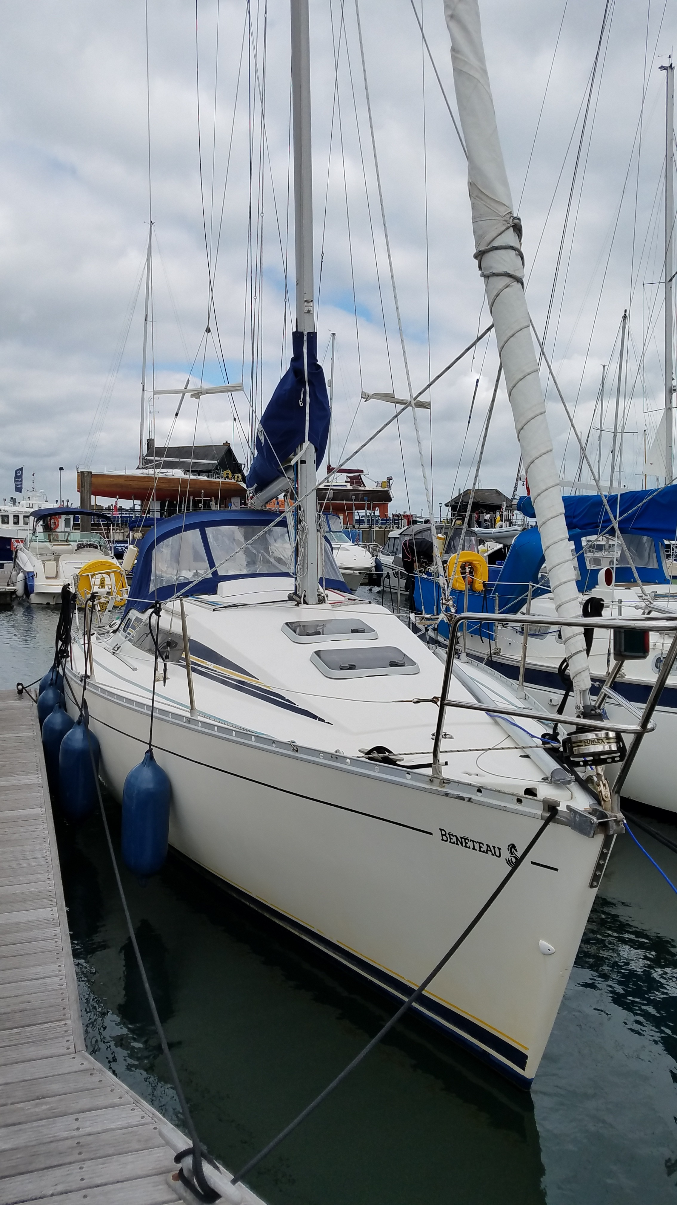 Beneteau First 285 Wingkeel