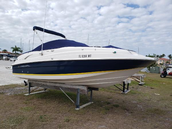 Regal 2120 Destiny Fun Boat In Great Shape
