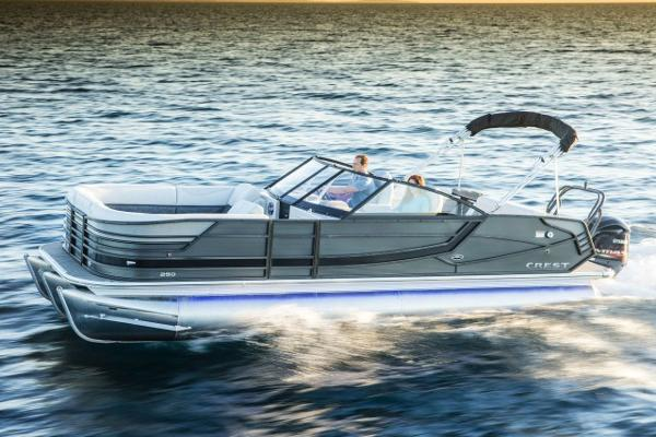 Crest Pontoon Boats Continental 250 L