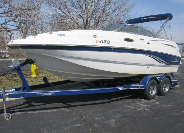Chaparral Sunesta 236 TRAILER INCLUDED