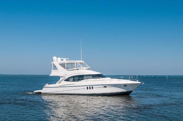 Silverton 52 Ovation Starboard Profile