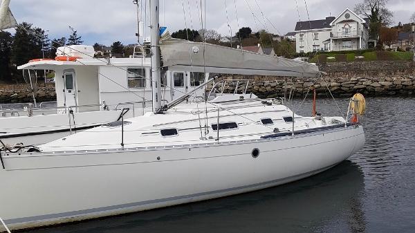 Beneteau 310 First