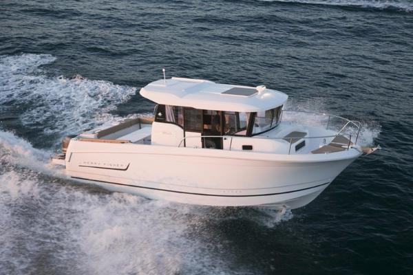 Jeanneau Merry Fisher 855 Marlin Manufacturer Provided Image
