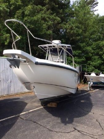 2000 Boston Whaler 26 Outrage, Pocasset Massachusetts