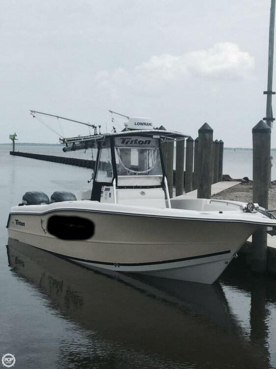 Triton 2895 Center Console 2002 Triton 2895 for sale in Princess Anne, MD